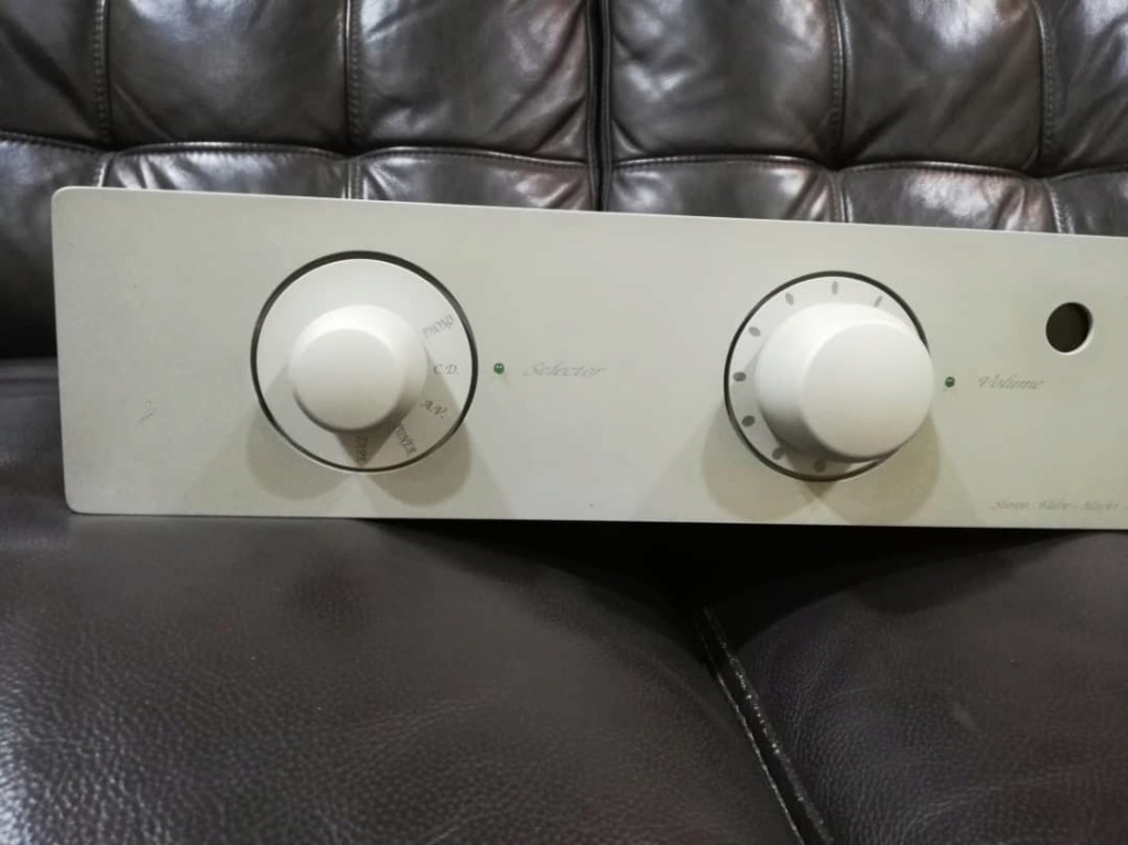 Unison  Research Unico P Valve MOSFET Stereo Amplifier (Sold) Image011