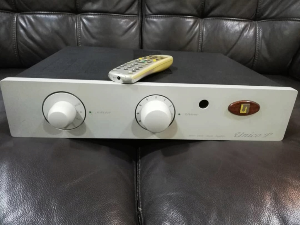 Unison  Research Unico P Valve MOSFET Stereo Amplifier (Sold) Image115