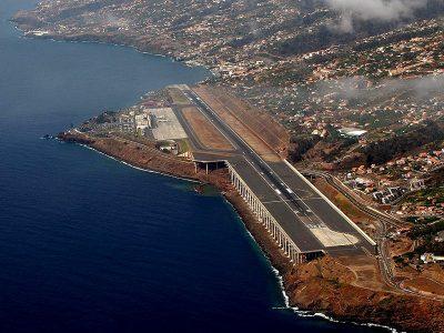 Aéroports dangereux - Suite Madeir11