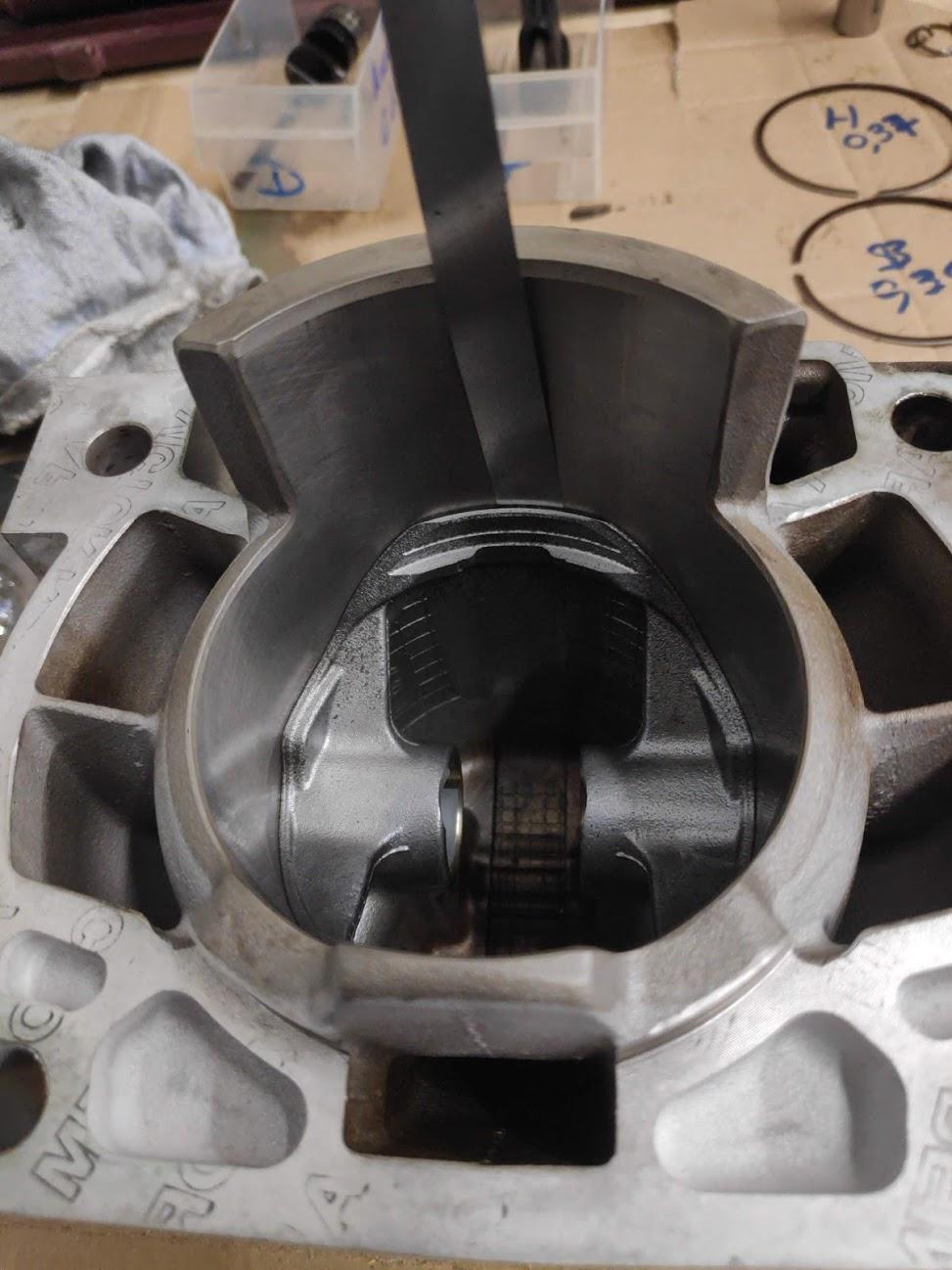 Changement piston  Img_2160