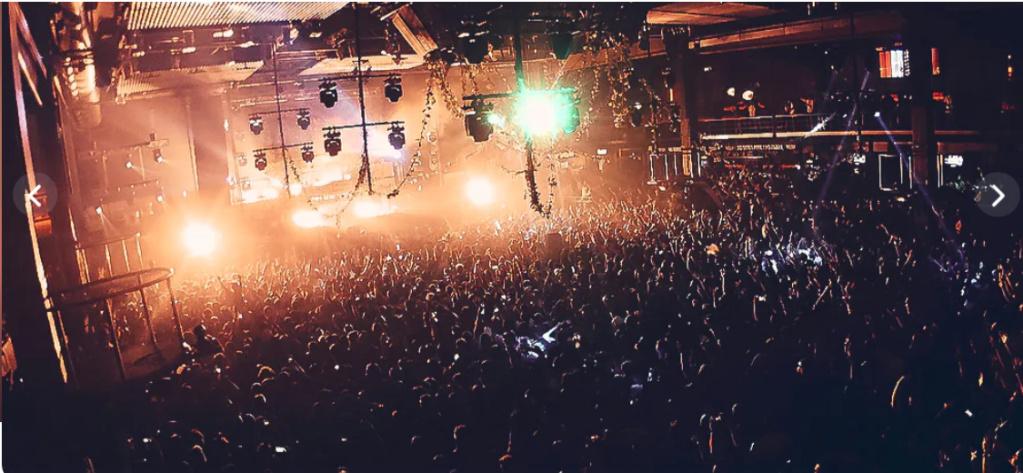 tournée à travers les meilleurs club dance du monde LEIB-LEMD Fabrik10