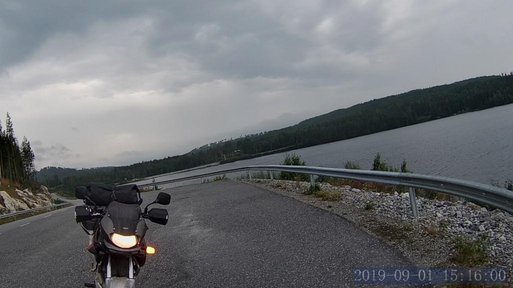 [CR] Road trip en A2 : Nordkapp, pays Baltes, Autriche… Norm0029