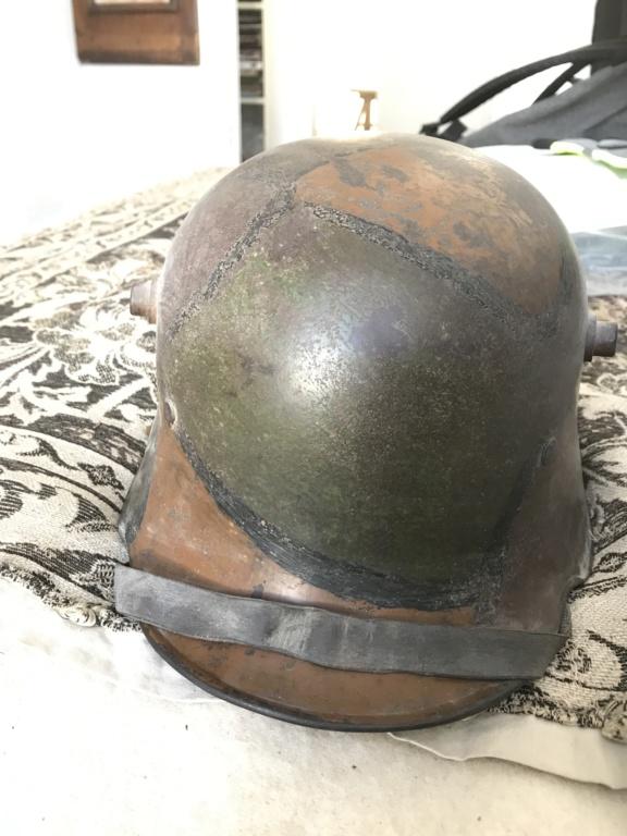 Casque allemand WW1 61526310