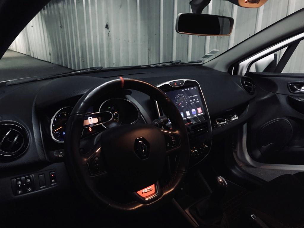 Clio IV medianav 90cv de 2013 (pas mal de modifications apportées) F1a24310