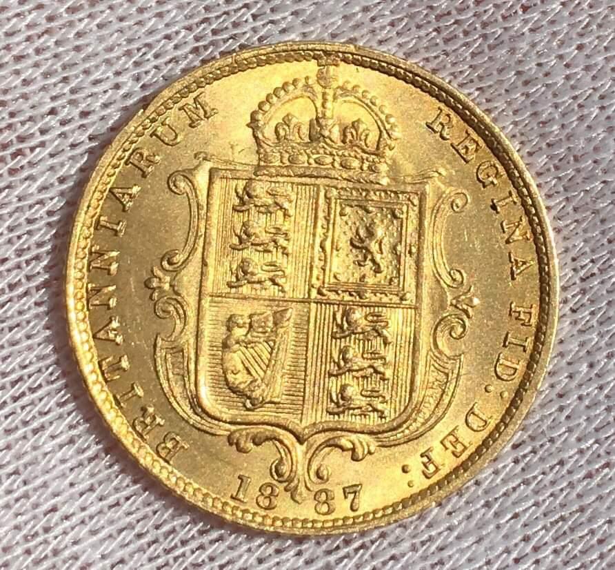 1/2 libra soberana 1887 Reino Unido Receiv10
