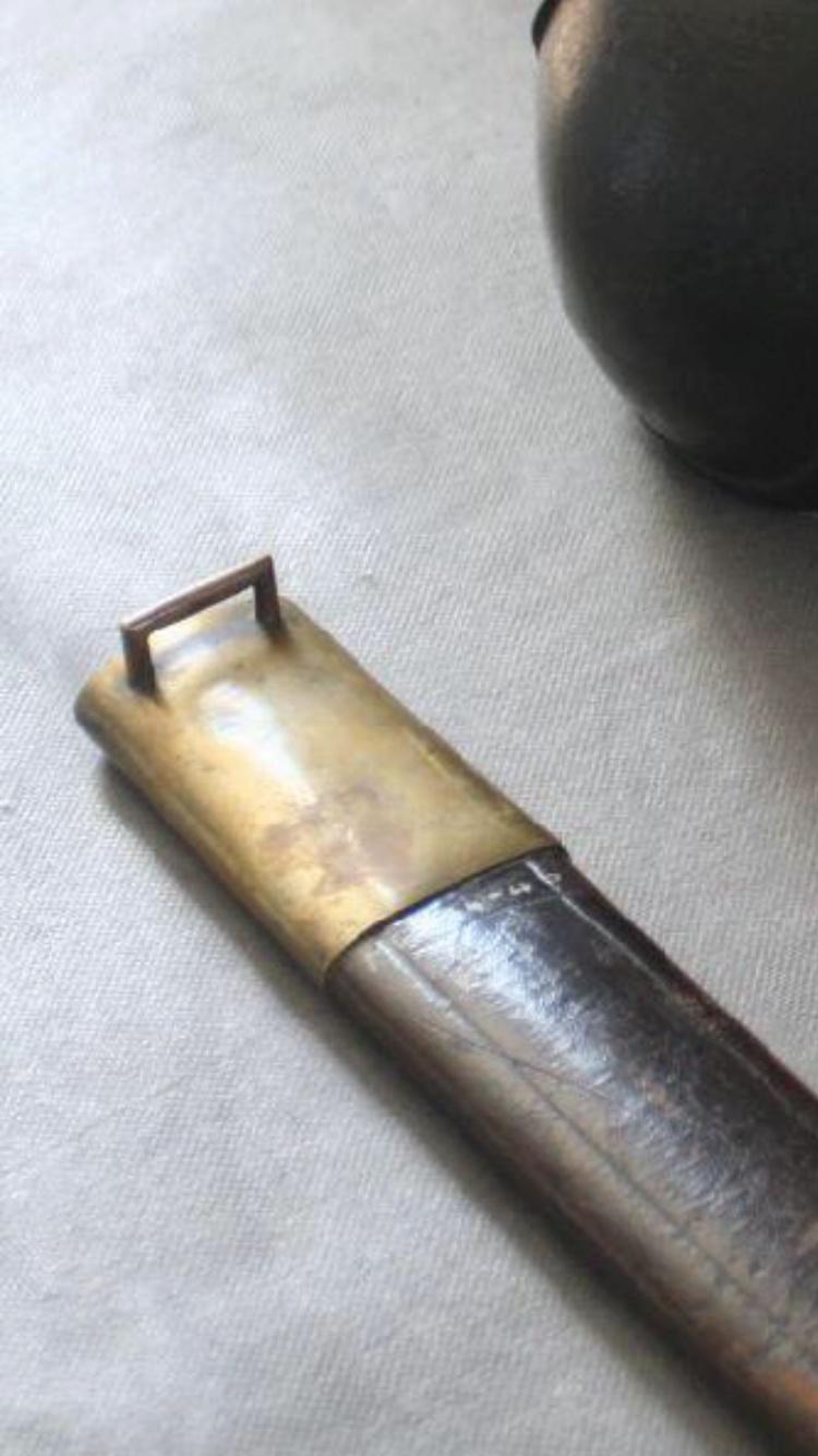 Sabres de bord mle 1833(non conventionnels)  B7e81d10