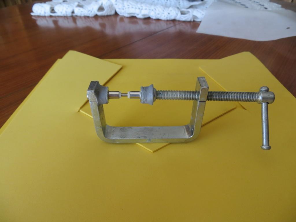 Accesorio casero para ajustar galga de ruedas de CC a AC Img_3911