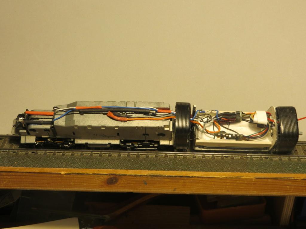 Iluminación convoy desde locomotora - Página 5 Img_3915