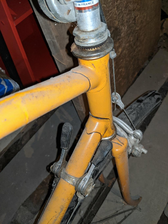 La cave à vélos du ferrailleur ! Img_2020