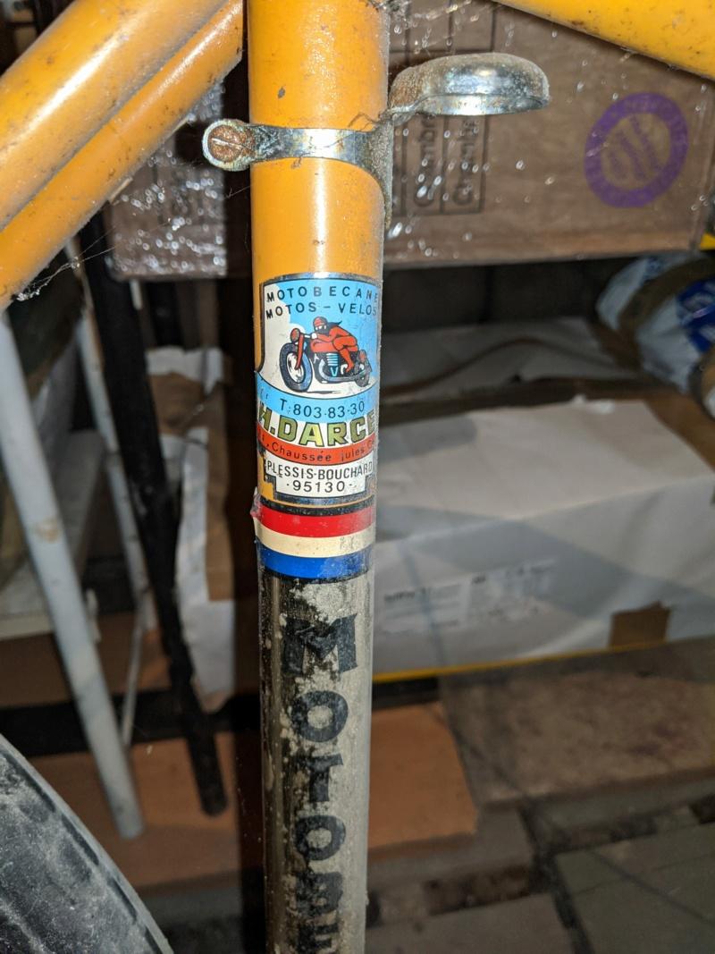 La cave à vélos du ferrailleur ! Img_2021