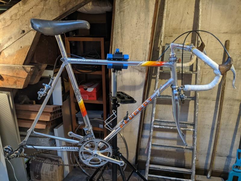 La cave à vélos du ferrailleur ! Pxl_2023