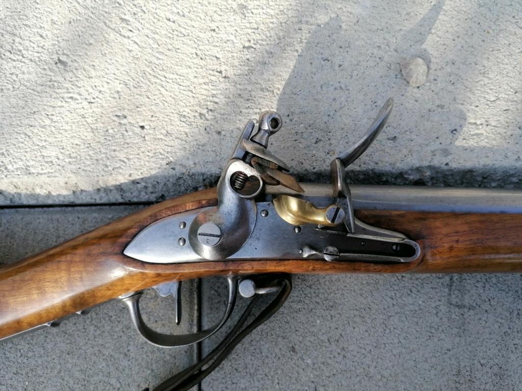 Identification fusil AN9 ?  Img_2078