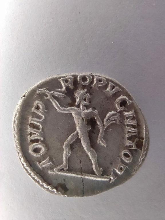 Denario Alejandro Severo. IOVI PROPVGNATORI. Júpiter con rayo. Roma Whatsa16