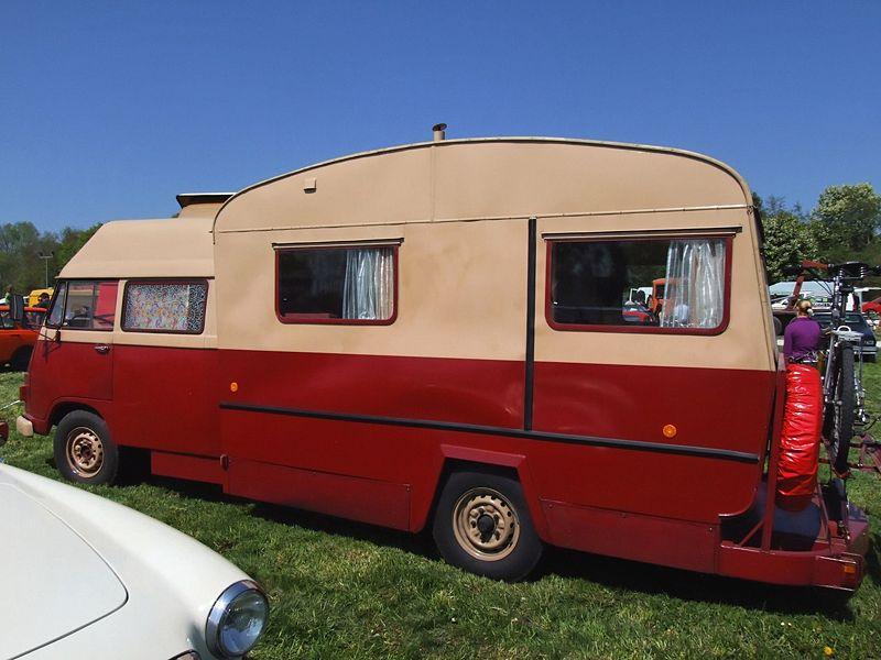 """Mercedes """"wohnwagen"""" 800px-11"""