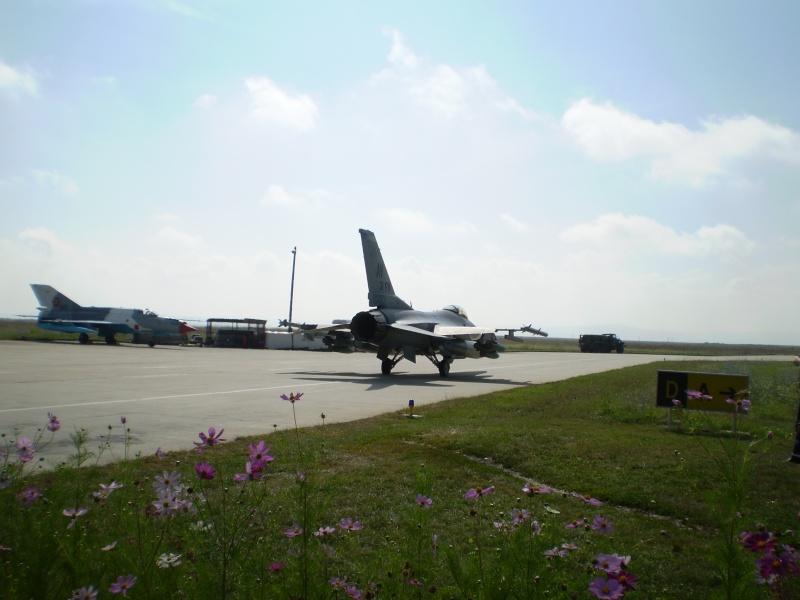 F-16 la Baza 71 Campia Turzii P8250212