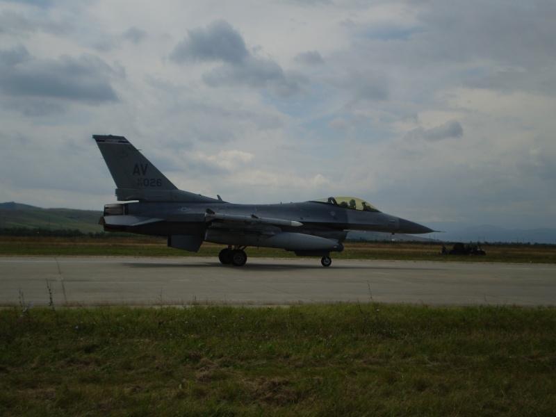 F-16 la Baza 71 Campia Turzii P8250312