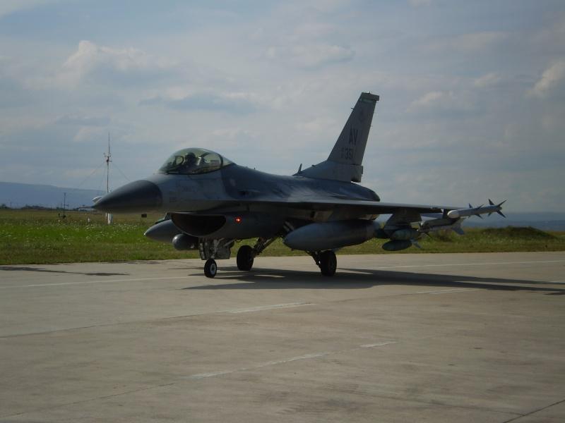 F-16 la Baza 71 Campia Turzii P8250313