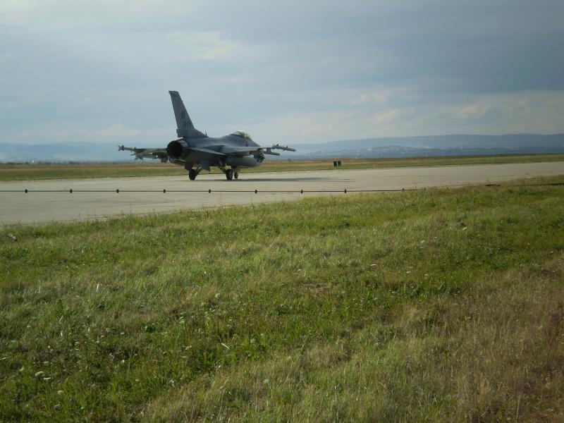 F-16 la Baza 71 Campia Turzii P8250316