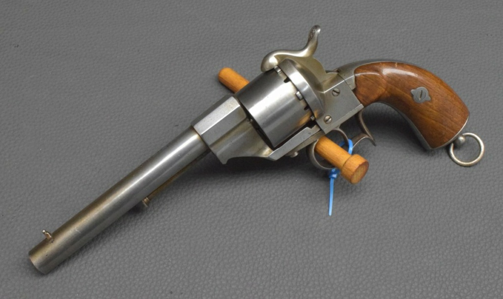 Revolver espagnol?? Eibar10