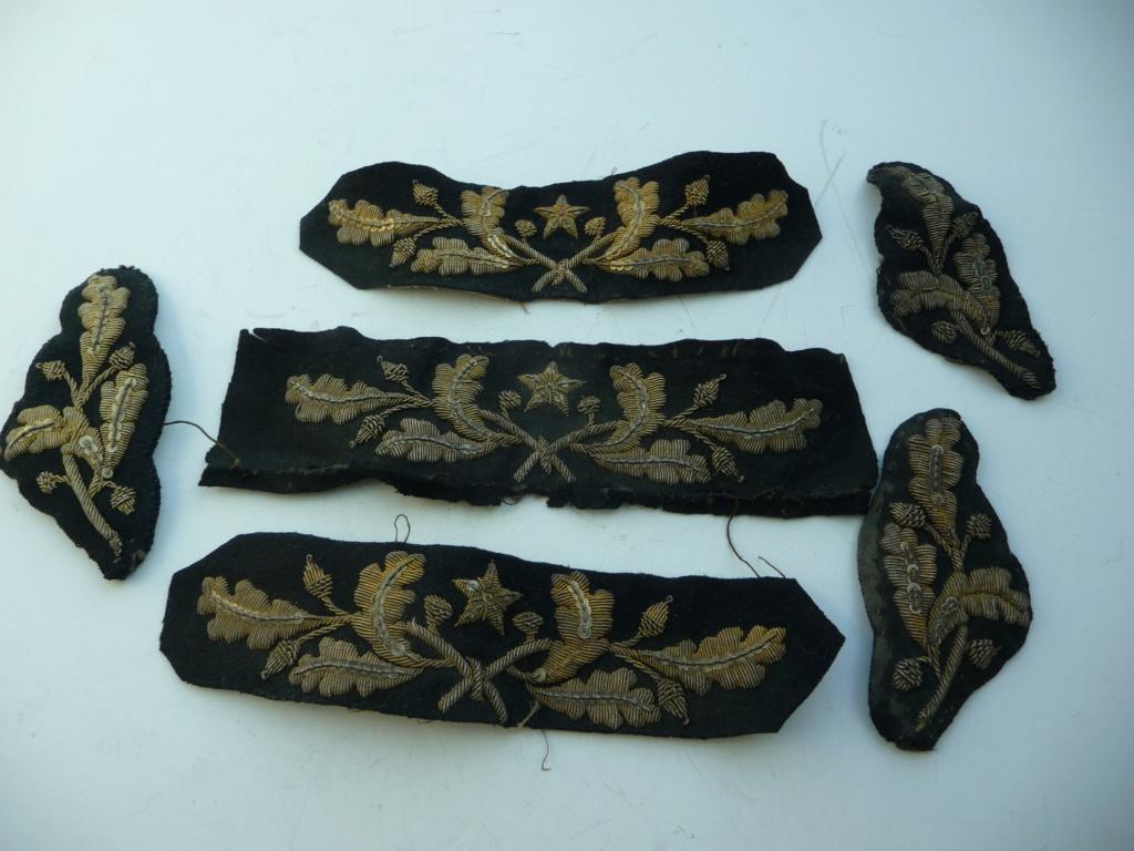 Broderies de képis, casquettes        feuilles de chene /glands  P1230725