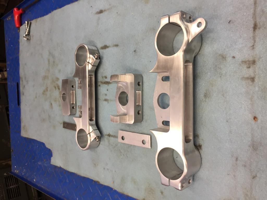 Montage de deux 500 CB pour la Vitesse en Moto Ancienne - Page 4 750_gs10