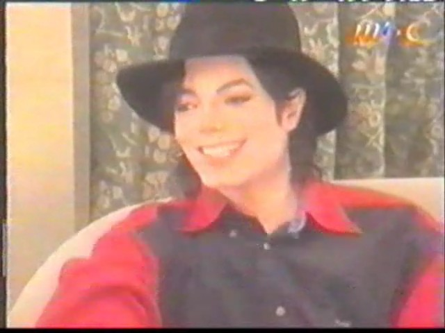 Il sorriso di Michael - Pagina 40 Arabic10