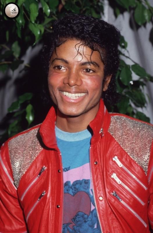 Il sorriso di Michael - Pagina 40 Dfdf110