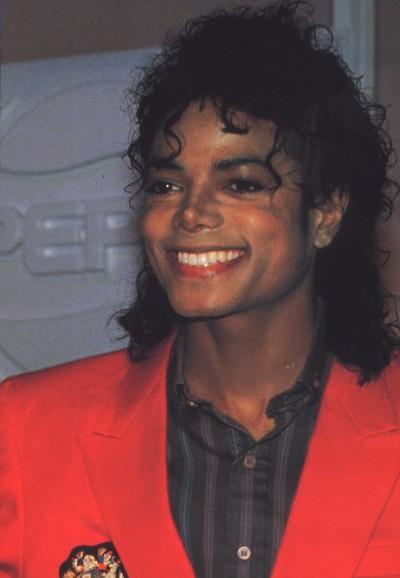 Il sorriso di Michael - Pagina 40 Doodoo11
