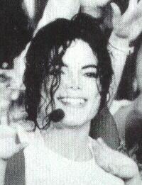 Il sorriso di Michael - Pagina 40 Doodoo12