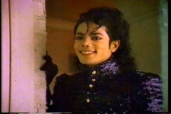 Il sorriso di Michael - Pagina 40 Gbncv110