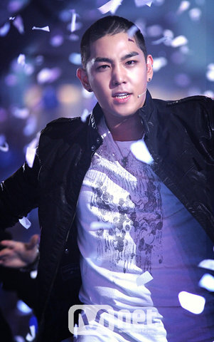 Super Junior (moved topic) Kangin12