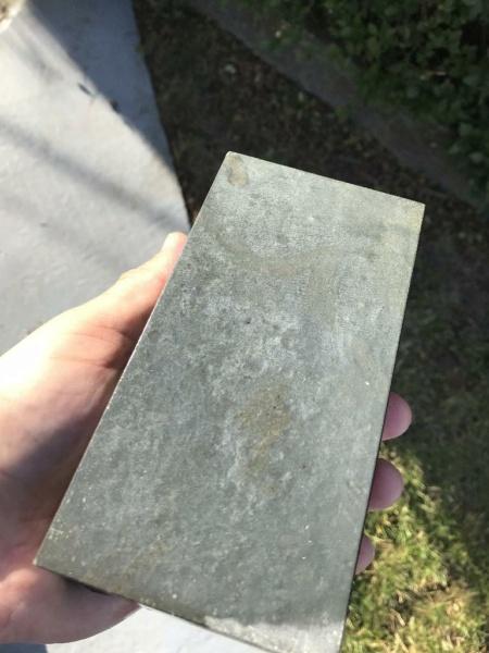 Aide à identifier une nouvelle pierre 03_pie10