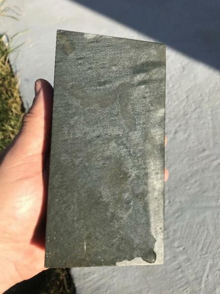 Aide à identifier une nouvelle pierre 04_pie10