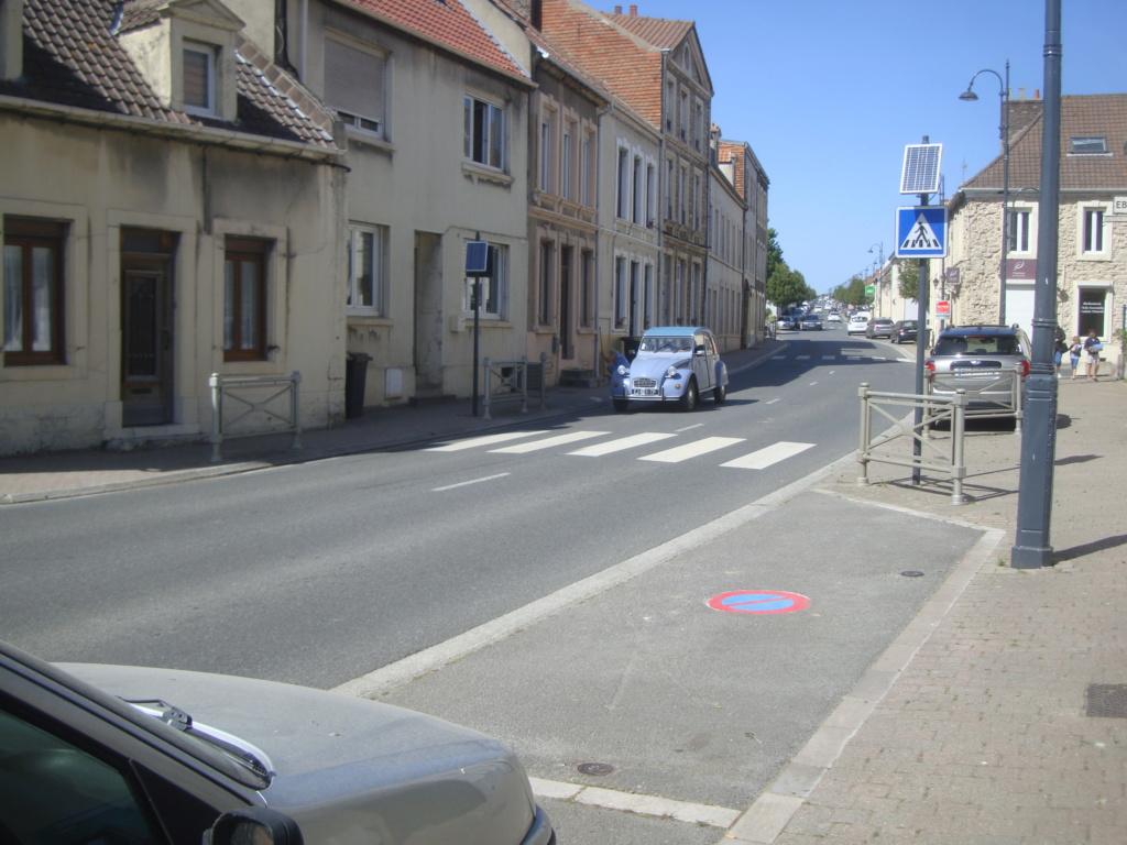 Vues dans la rue par hasard - Page 8 Dsc07359