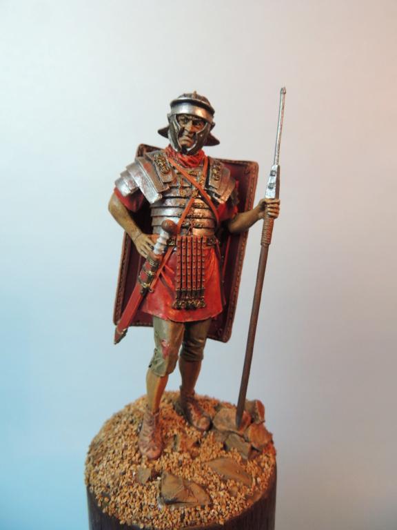 Légionnaire romain de chez TATAR Lzogio10