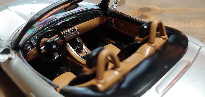 BMW Z-8 Z8_210
