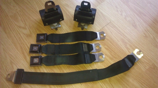 Seat belts Rearbe10