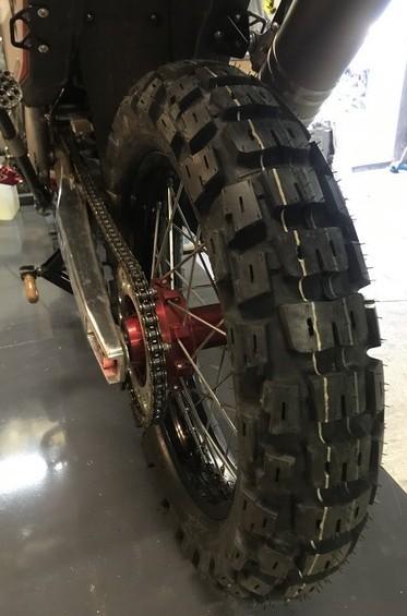 Retour sur pneus pour un voyage de 10 000 KM Img_2413