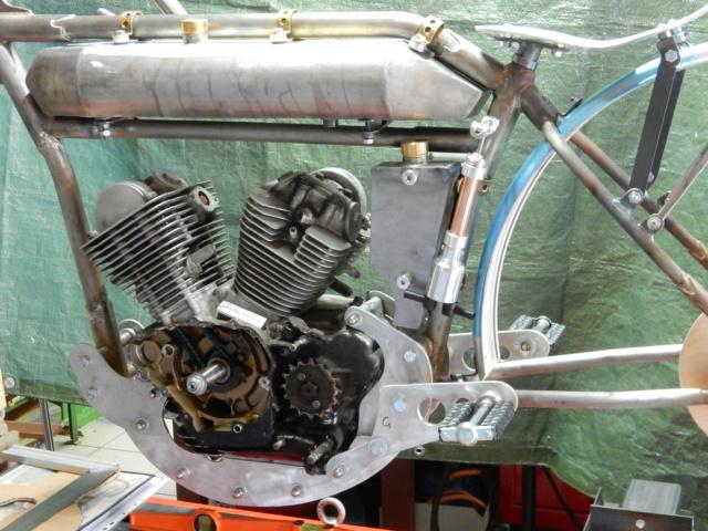 Boardtrack racer projet Philgold - Page 5 Dscn8413