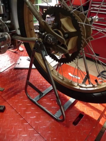 Boardtrack racer projet Philgold - Page 5 P1310718
