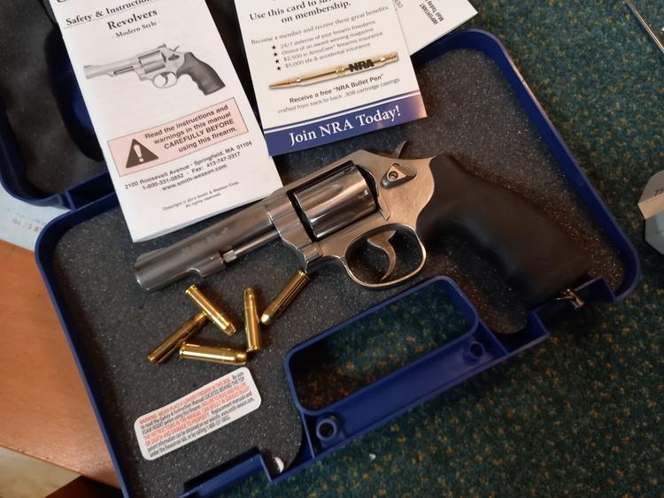 Smith & Wesson mod 64 20201010