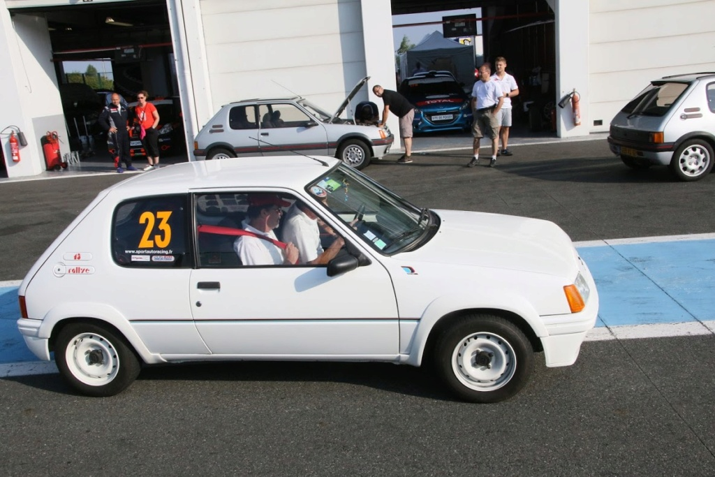 [58] 205 Rallye  - AM90 - Blanc Meije - Nivernaise Img_4910