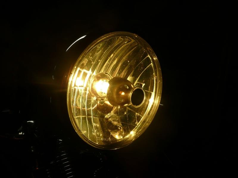Phares jaunes P1160810