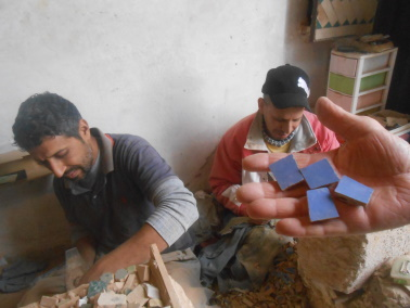 Des Artistes en nos « murs »:  Ahmed Lamghari & Mohamed Fariss  Maîtres artisans du zellige Dscn1013