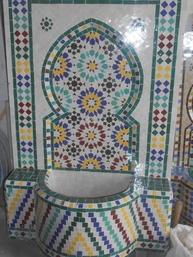 Des Artistes en nos « murs »:  Ahmed Lamghari & Mohamed Fariss  Maîtres artisans du zellige Dscn1015