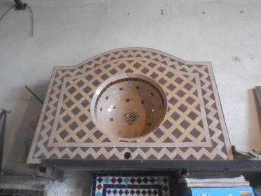 Des Artistes en nos « murs »:  Ahmed Lamghari & Mohamed Fariss  Maîtres artisans du zellige Dscn1018