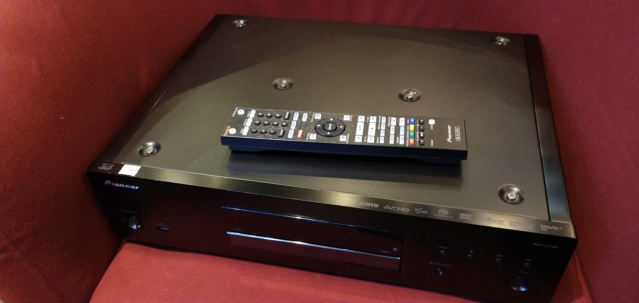 Pioneer - BDP-LX88 - BluRay Player (Sold) Img_2123