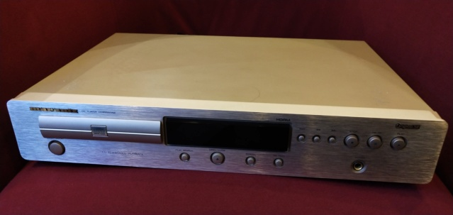 Marantz CD6000 OSE Cd Player ( Used ) Img_2189