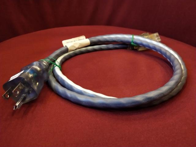 Shunyata Research - Venom 3 - US Power Cord 1.5m (Sold) Img_2248