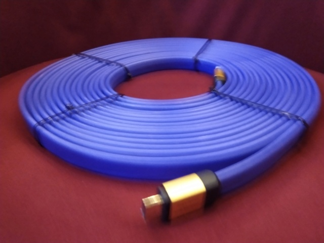 Golden Sound - HD-V1000 - HDMI Cable - 10M - Used Img_2280